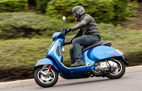 Vespa GTS 300 Super ABS
