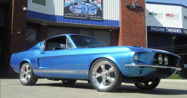Blue Shelby Mustang GT500